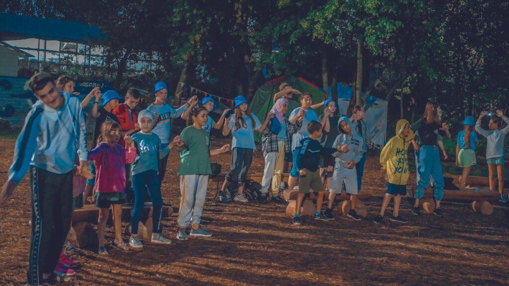 Палаточный лагерь движения «Будет чисто» «По законам природы»